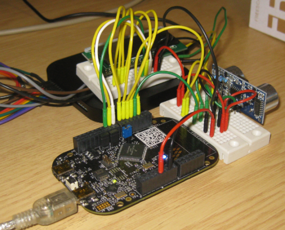 Breadboard Wiring with Freedom Board, Sensor, LCD and Logic Analycer