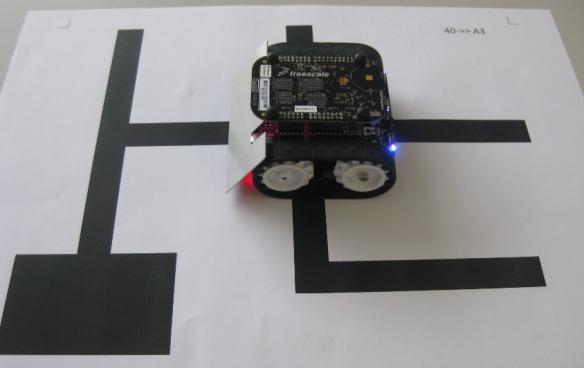 FRDM-KL25Z Robot on Practice Area