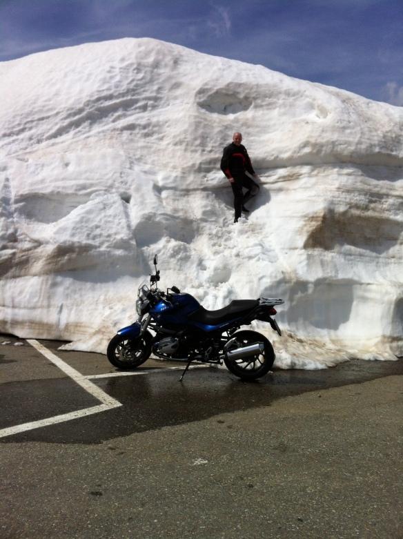 Lots of Snow on Grimsel