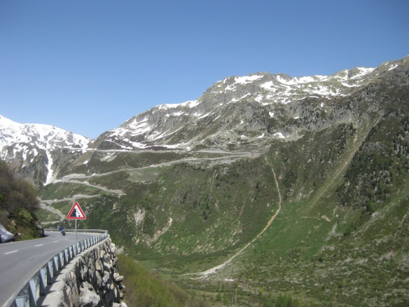 View back to road from Grimsel