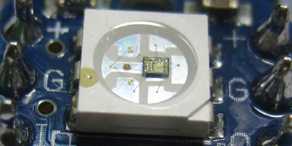 WS2812 LED