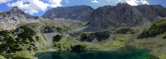 Drachensee Panorama Mountains
