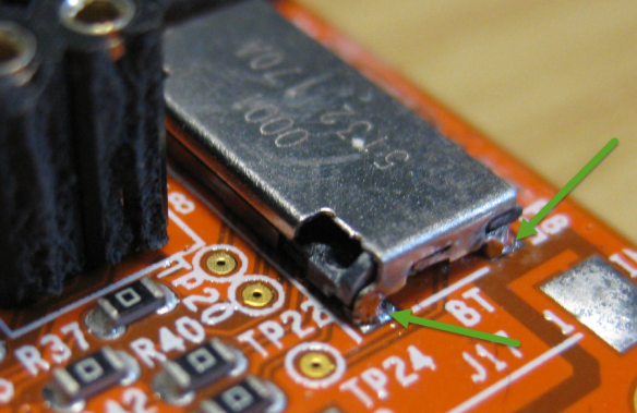 SD Card Ground Pads