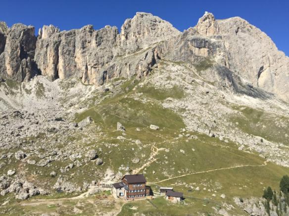 Rotwandhütte from Ciampaz