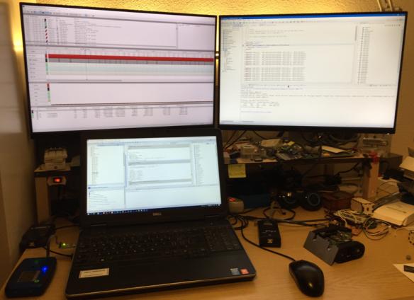 multi monitor desktop