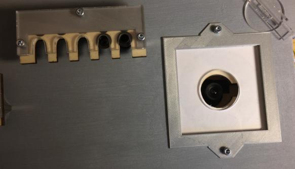 Uplooking Camera in Base Plate