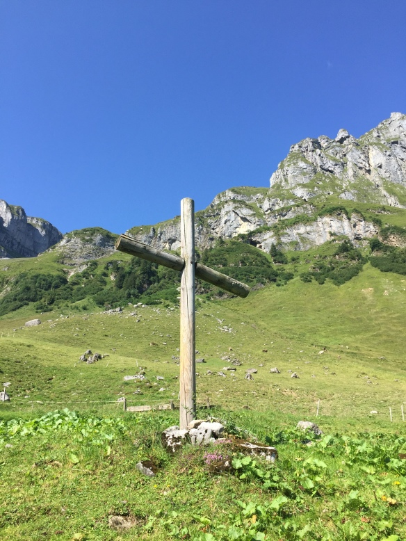 Cross at Waldi Alp