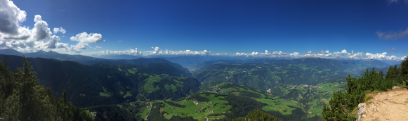 Panorama from Völsegg Peak to Bozen