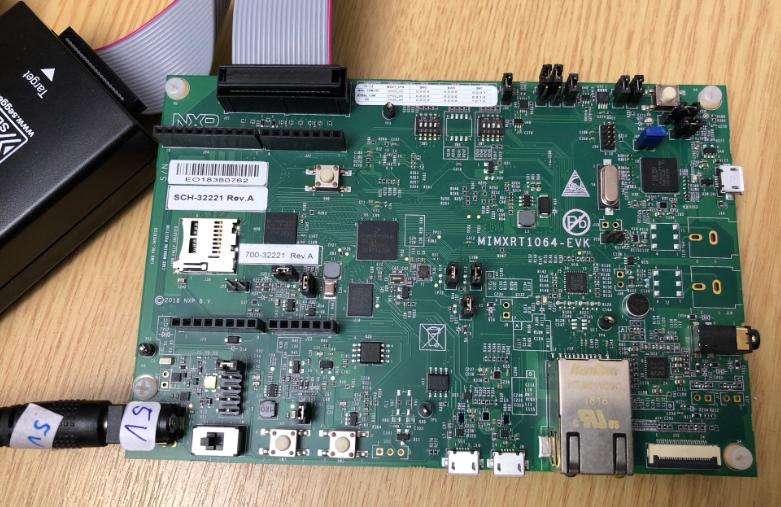 MIMXRT1064-EVK running ThreadX